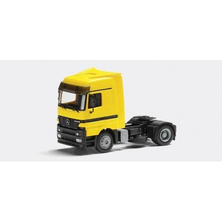 Herpa 144377 Mercedes Benz Actros LH rigid tractor 2a, with air dam and roof spoiler