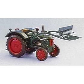 Marks 58 Traktor Hanomag R435/45, metall