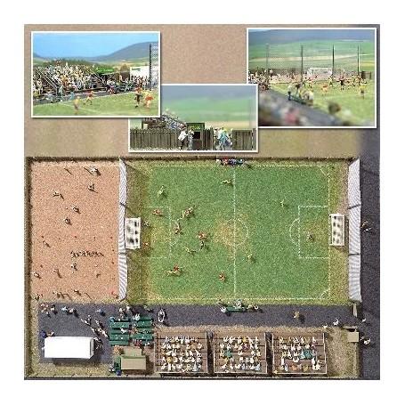 Busch 1051 Fotbollsplan med tillbehör