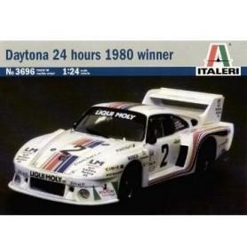 "Italeri 3696 Porsche 935 ""Daytona 24h Winner 1980"""