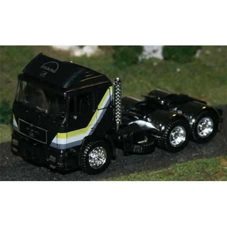 Herpa 570041 Dragbil MAN F90, 3-axlig hytt, svartmetallic, chassie svart, diverse kromdelar