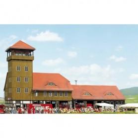 """Busch 8240 Historisk brandstation """"Schwenningen"""""""
