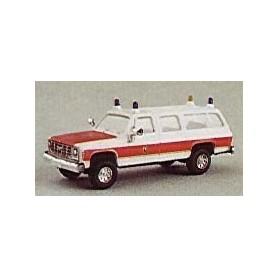 """Trident 90057 Chevrolet Suburban """"Feuerwehr Staff Zurich"""""""