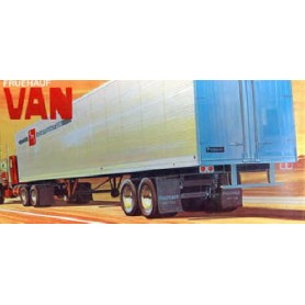"AMT 649 Trailer Fruehauf Van ""Big Wheels"" Supertruck Kit"