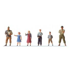 Preiser 10613 Amerikanska soldater med barn, 2 soldater, 4 barn