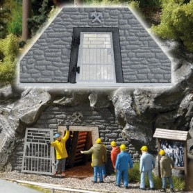 Busch 1472 Gruvingång, ingång för gruvarbetare och besökare
