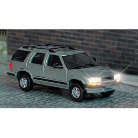 Busch 5658 Chevrolet Blazer med belysning, med kabel, 14-16V DC eller AC