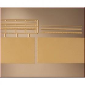 Auhagen 41207 Tegelväggar, gula, 2 st med tillhörande dekorationer, mått 210 x 65 mm