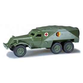"""Herpa 744164 SPW 152 with winch """"NVA, Rotes Kreuz"""""""