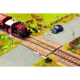 Noch 14305 Järnvägsövergång, träplankor, mått 5,6 x 8,0 cm