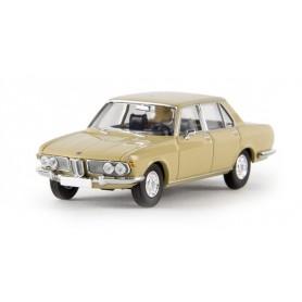 Brekina 13601 BMW 2500, beige