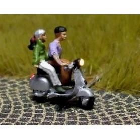 """Bicyc Led 878112 Moped med belysning """"Kille som skjutsar tjej"""""""