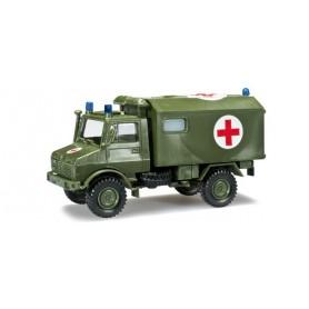 """Herpa 744553 Unimog U 1300 ambulance """"Bundeswehr"""""""