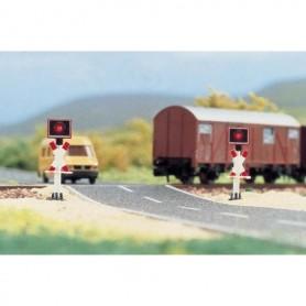 Busch 5949 Varningssignaler för järnvägsövergång med blinkande lampor, 2 st