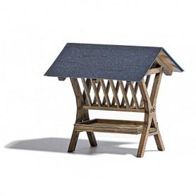 Busch 1562 Matkrubba för djur, i trä