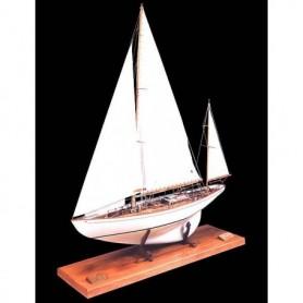 Amati 1605 Dorade Fastnet Yacht 1931