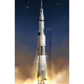 Dragon 11017 Apollo 11 Saturn V