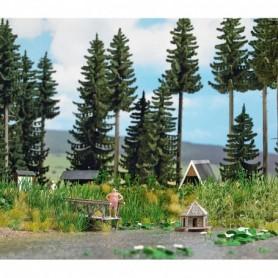 Busch 1267 Skogssjö med tillbehör