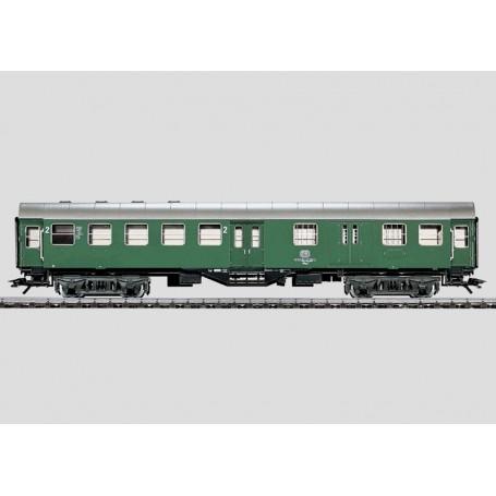 Märklin 4133 Personvagn 2:a klass med baggageavdelning BDyg 533 typ DB