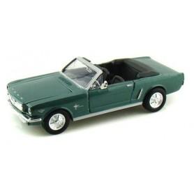 Motormax 73145 Ford Mustang Cabriolet 1964 1/2, grön