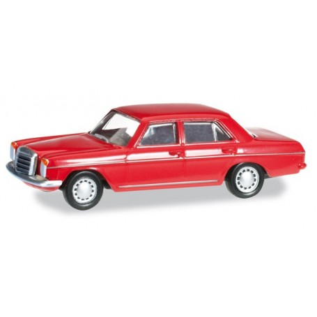 Herpa 024785.3 Mercedes-Benz 240 D /8, flame red