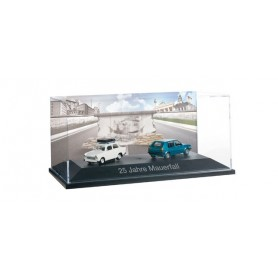 Herpa 101943 Set with Trabant, creme white with roof rack and VW Golf, blue metallic ?25 years Fall of the Wall?