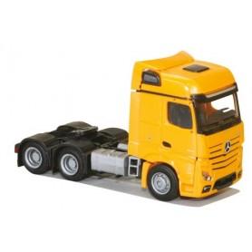 AMW 8649.51 Dragbil Mercedes Benz Actros 2 Aero, 3-axlig, finns i vitt eller gult