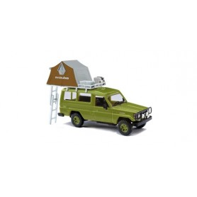 Busch 43514 Toyota Land Cruiser HZJ 78 med taktält, grön