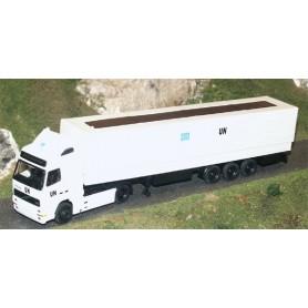 """Albedo 222001 Volvo FH16 med kapelltrailer vit """"UN"""""""