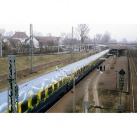 "Trix 15426 Vagnsset med 5 personvagnar typ DB AG ""Tourism Train"""