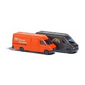 Busch 8338 2 Mercedes Sprinter trucks »UPS« and »TNT«