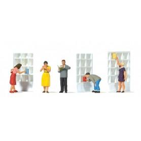 Preiser 10675 I bokhandeln, 5 st