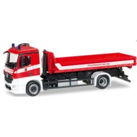 "Herpa 092470 Mercedes Benz Antos truck chassis ""Neuss Fire department"""