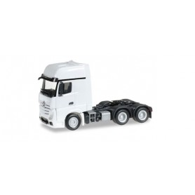 Herpa 305167.2 Mercedes-Benz Actros Gigaspace 6x4 rigid tractor, white