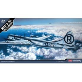 """Academy 12528 Flygplan USAAF B-29A """"Enola Gay & Bockscar"""""""