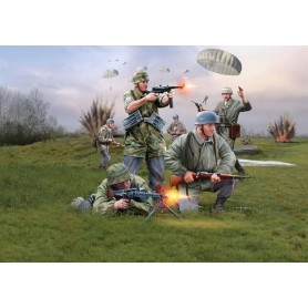 Revell 02532 Figurer German Paratroops (WWII)