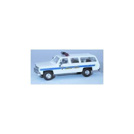 "Trident 90227 Chevrolet Suburban ""South Dakota State Police"" (US)"