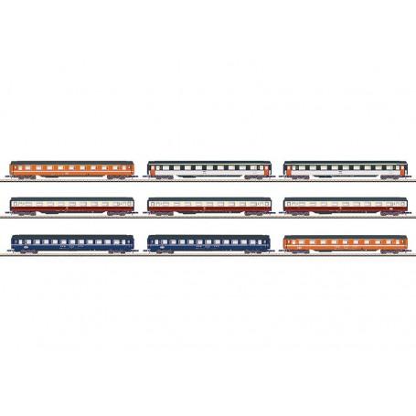 """Märklin 87409 Display med 9 personvagnar """"Eurofirma"""""""