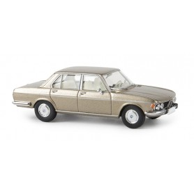 Brekina 13604 BMW 3.0 Si, guldmetallic