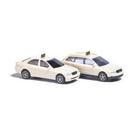 Busch 8341 Mercedes Benz C-Klass / Audi A4 Taxi, set med 2 bilar