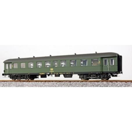 ESU 36134 Personvagn 2:a klass By(e) 667, 28-11 260 typ DB