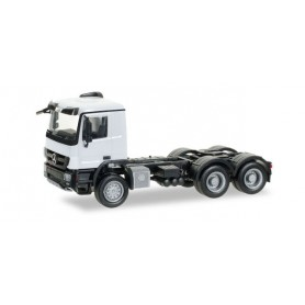 Herpa 158299.4 Mercedes-Benz Actros M 08all-wheel rigrid tractor 3axles, white