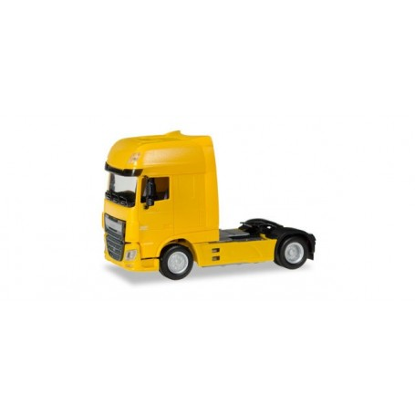 Herpa 305891.2 DAF XF Euro 6 SSC rigid tractor, traffic yellow