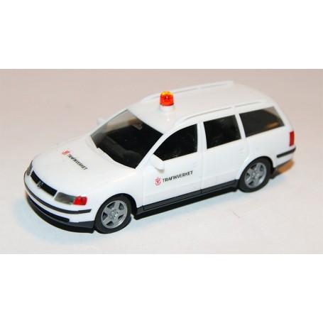 """AHM AH-611 VW Passat Variant """"Trafikverket"""" med varningslampa på taket"""