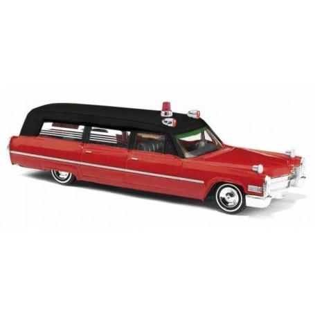 "Busch 42902 Cadillac 66 Station Wagon ""Ambulance Chicago"""
