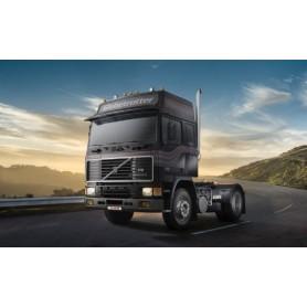 Italeri 3923 Dragbil Volvo F16 Globetrotter
