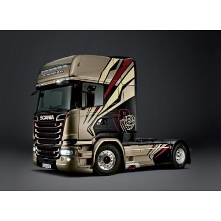 """Italeri 3930 Dragbil Scania R730 Streamline """"The Chimera"""""""