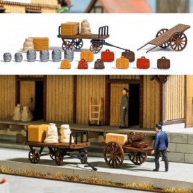 Busch 1625 2 Wooden Baggage Carts with Accessories