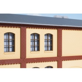 Auhagen 80416 Pillars for the upper storey and brick friezes red