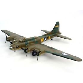 Revell 04297 Flygplan B-17F Memphis Belle